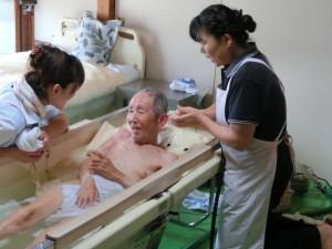 写真(訪問入浴事業3)